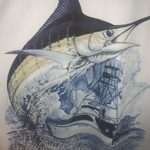 Roughly used guy Harvey long sleeve dry fit.